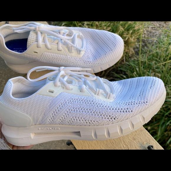 Men's Under Armour men's shoes